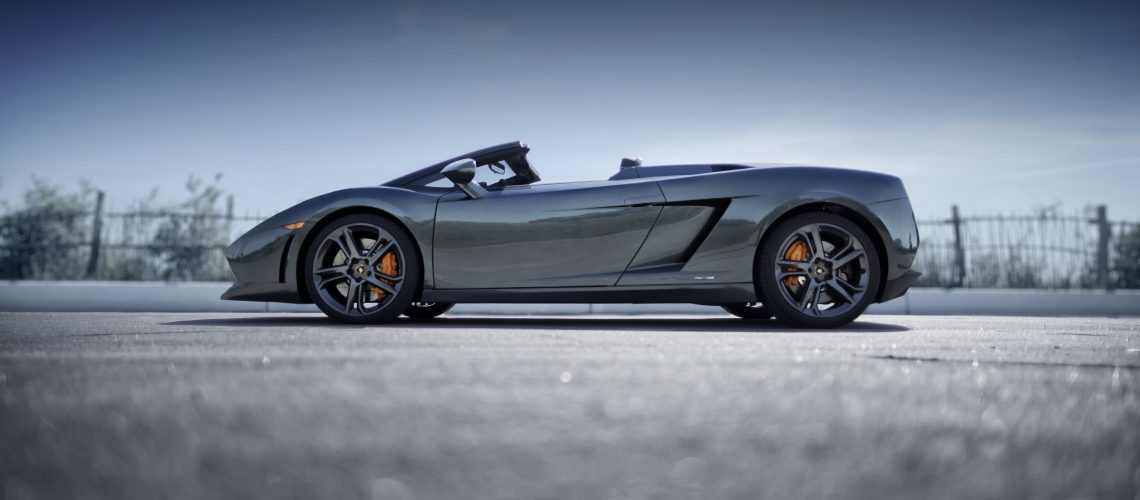 Lamborghini Spyder outdoors with top off