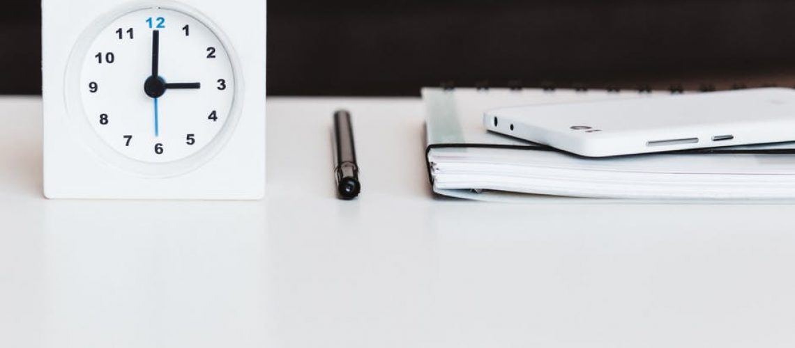 clock_on_a_desk
